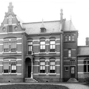 Bonifatiuskerk Pastorie 1900