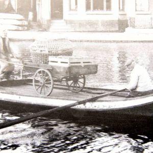 Bootje bij Gouwsluis