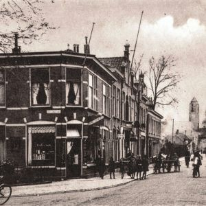 Hendrikstraat, Stationsstraat en de Adventskerk
