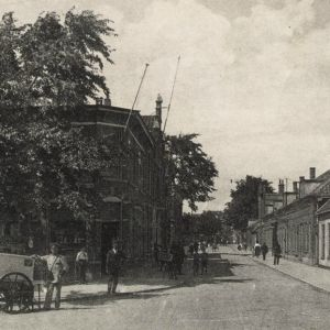 Prins Hendrikstraat en Stationstraat