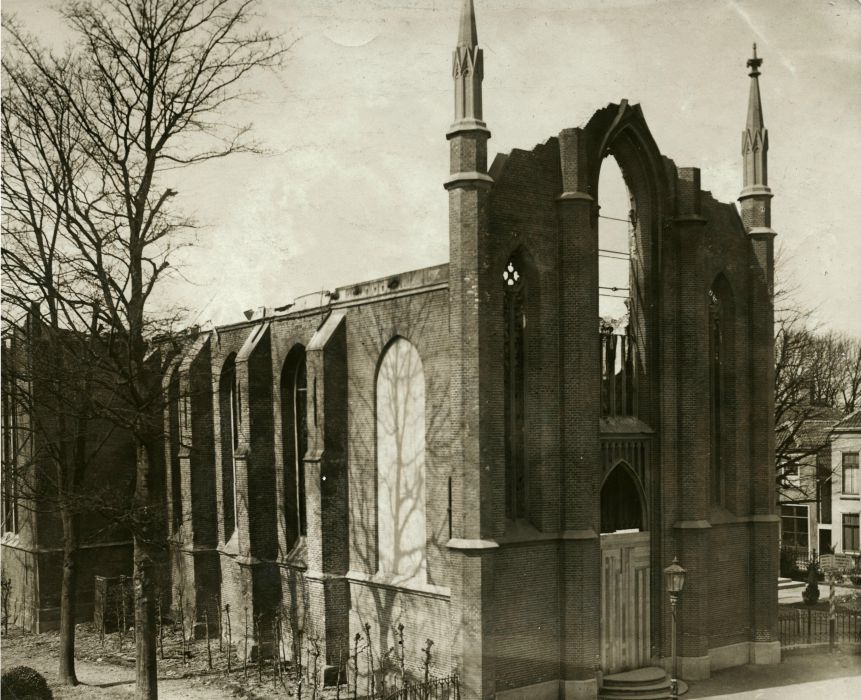 """Julianastraat """"nieuwe"""" Hervormde Kerk Na Brand"""