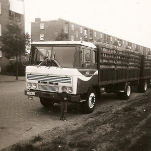 Eikenlaan met Coca Cola-vrachtwagen