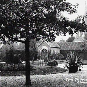 Tuin St. Jozef gesticht, Hoflaan