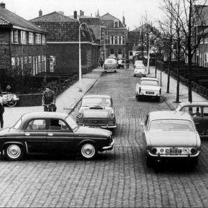 Druk verkeer in de Hofzichtstraat