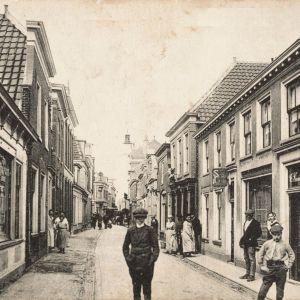 Raadhuisstraat in