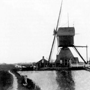 Ridderveld molen bij de Vaarsloot