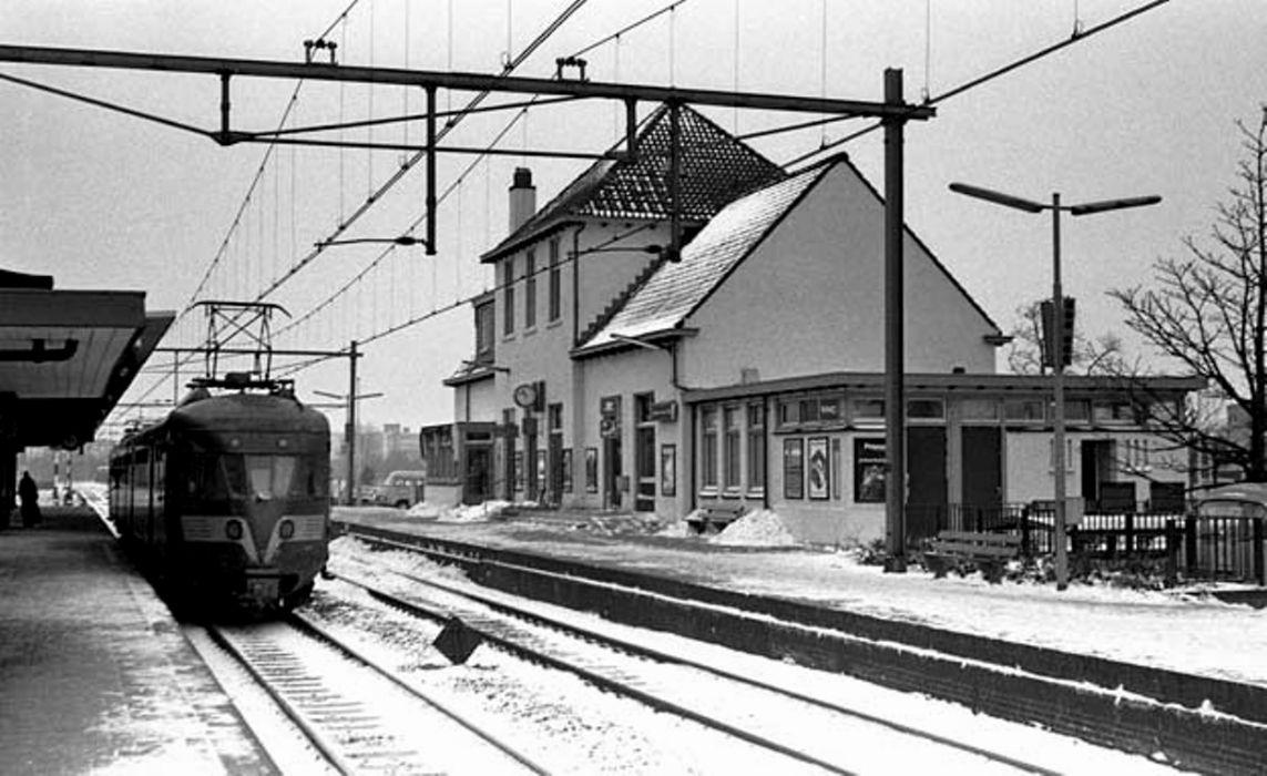 Station En Trein, Winter