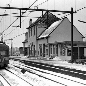 Station en trein, winter