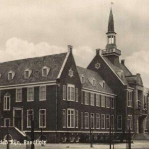 Burgemeester Visserpark, Raadhuis