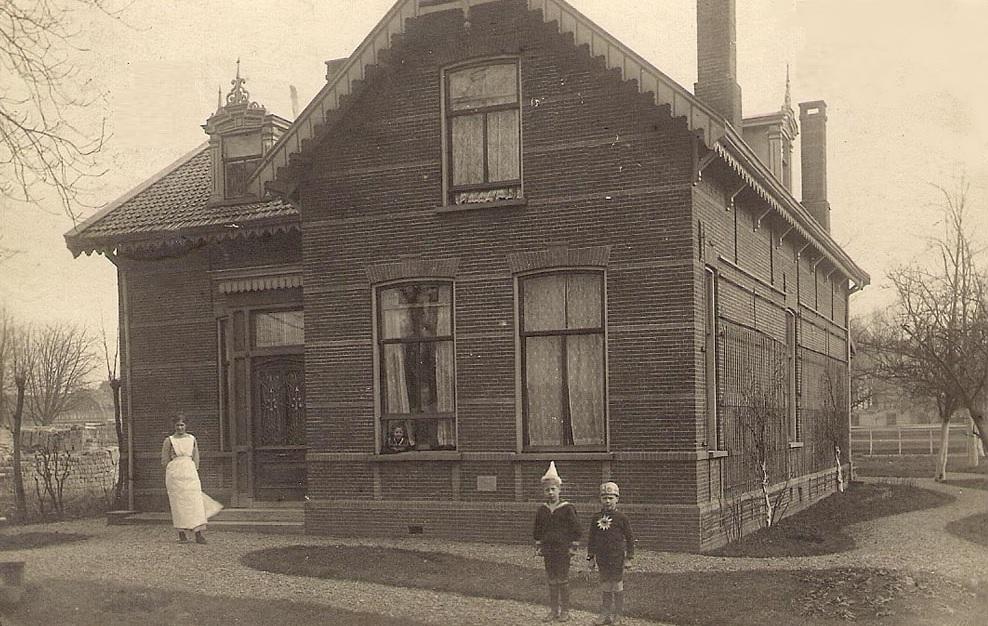 Wilhelminalaan het huis van dr van der steen oud alphen - Huis van het wereldkantoor newport ...